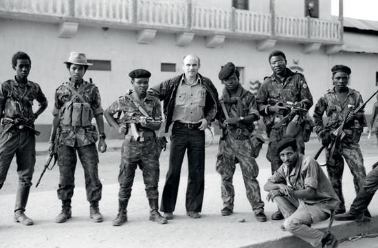 kapuscinski-en-angola-1975