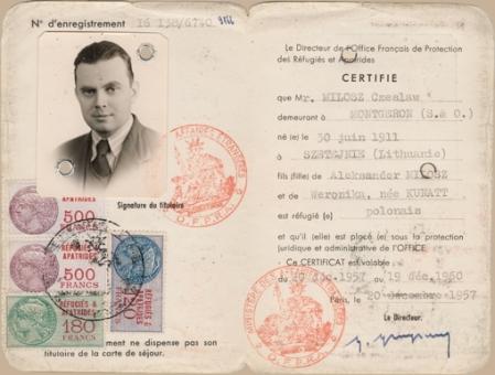 1380909_passport_web_beige